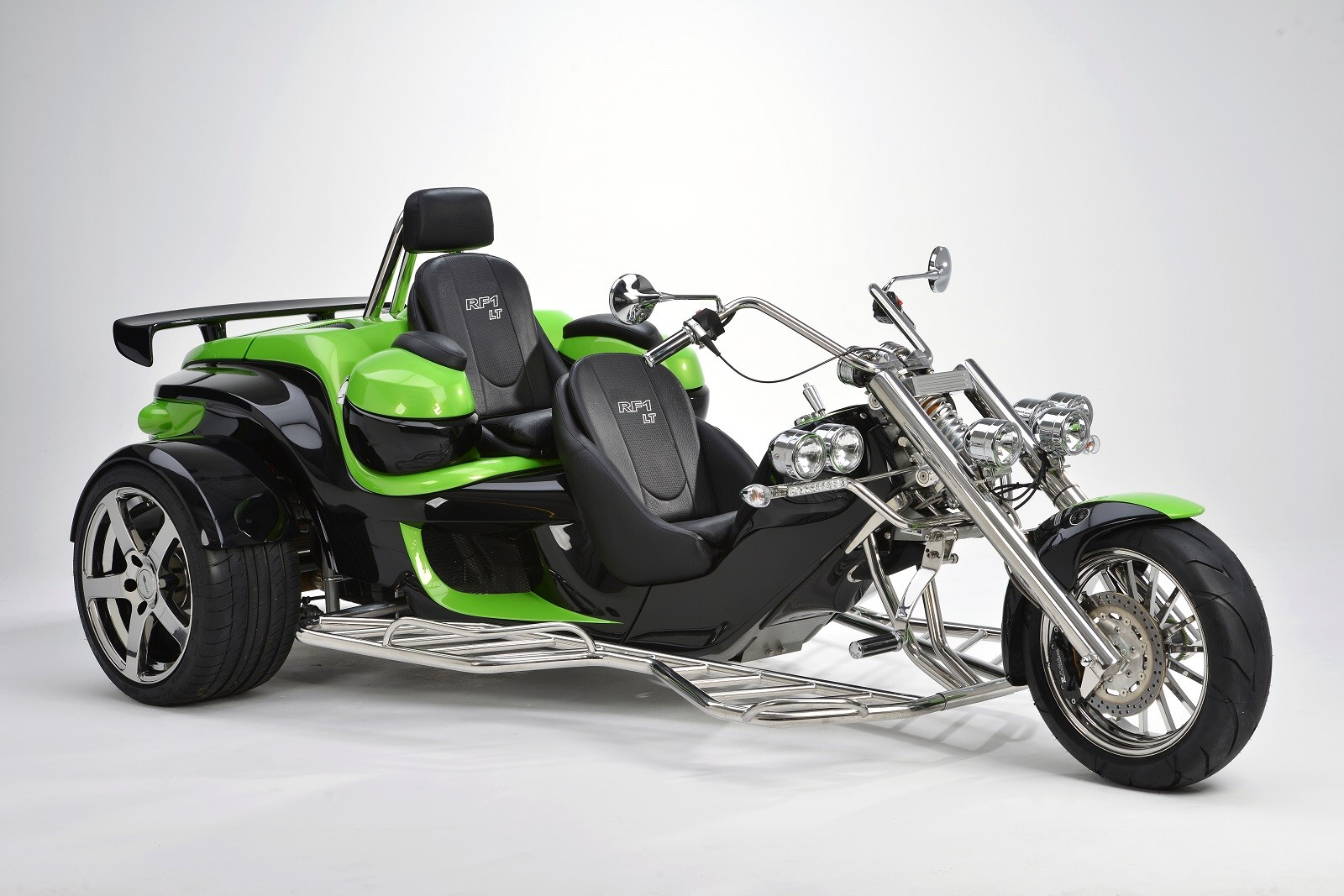 Luxury Tourer TOUROZ Trikes